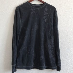 Volcom size Large thermal distressed shirt